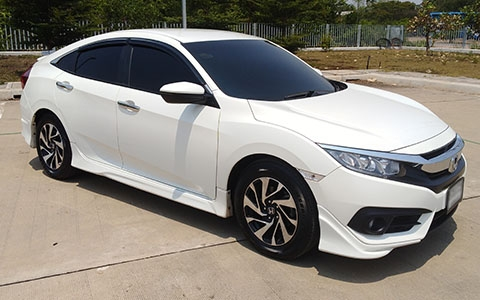 A HONDA CIVIC WH